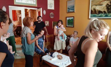 Obuka  o ranoj  stimulaciji i  nezi beba